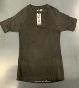 Assos Skinfoil Spring/Fall Base Layer, Short Sleeve, Size I (Med), Black