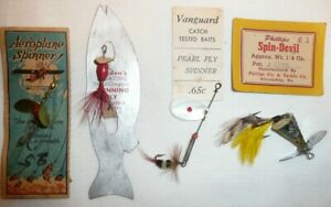 4 Special Spinning Lures Worden's, Aeroplane on Cards Excellent Condition