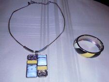 """SIGNED """"NY"""" Enamel & Faux Gemstone Yellow Black Silver tone Pendant Necklace"""