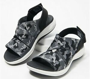 CLOUDSTEPPERS by Clarks Mira Lily Women's Sport Sandals Black Camo US 8 M NIB