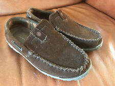 Clarks Mens Brown Suede Leather Size US 10 M  Indoor/Outdoor Slipper Shoes