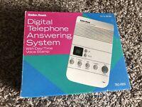 Radio Shack 43-743 Digital Telephone Answering System