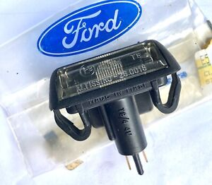 XD FALCON NOS  NUMBER PLATE LIGHT ESP FAIRMONT GHIA SPAC LICENCE LAMP FORD