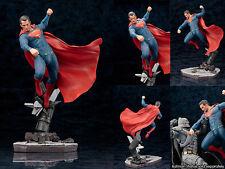 BATMAN v SUPERMAN: DAWN OF JUSTICE MOVIE - Superman ArtFX+ Statue