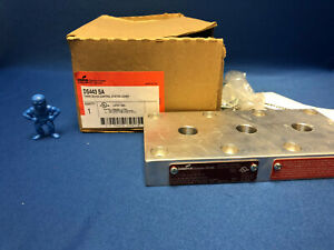 Cooper Crouse-Hinds DS443SA FlexStation 3 Device Control Station Cover