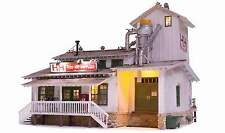 WOODLAND SCENICS BUILT & READY H&H FEED MILL O SCALE BUILDING - LED Lighting