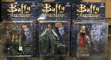 Lot If 3x BUFFY THE VAMPIRE SLAYER ACTION FIGURE LOT 3 PC GILES WILLOW OZ 2000