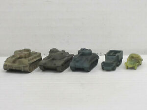 Militärfahrzeuge aus Weißmetall, o.OVP, Skytrex/Mercator, ca. 1:200/220, Set 2