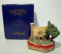David Winter 1994 Premier Edition Sweetheart Haven: Limited Edition 1598/3500