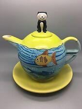 """London Pottery Teiera Tazza Set """"I PESCI ROSSI Ciotola"""" GATTO Sat sul coperchio con pesci qui di seguito."""