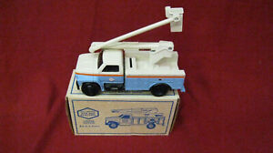 Vintage Limited Edition Baltimore Gas and Electric 1993 Utility Bucket Truck