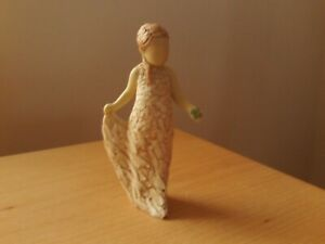 ARORA 2008 Designs Figurine Holding Shamrock For Luck With Love Signed N WELCH.