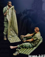 1/35 Resin US 2 Soldiers time to Rest Unpainted Unassembled 4370