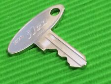New Holland 1570 Tractor Ignition Key-FO36, 5252, M157, E FREE POST In Aust