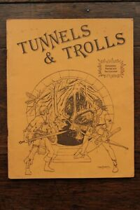 Tunnels and Trolls Rulebook - 5th Edition 2nd Printing UK T&T Rules 1980