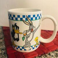 VTG Looney Tunes 1998 White Coffee Mug Warner Bros Bugs Daffy Tweetie Sylvester