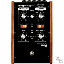 Moog MF-101 Moogerfooger Lowpass Filter Low Pass Mooger Fooger Pedal MF101