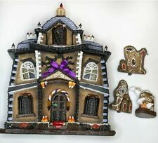 Byers Choice Traditions Lighted Haunted Gingerbread House Original Box Halloween