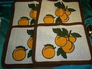 ~ 70er Vintage 4 Platzdeckchen braun  rohweiß Aprikosen Rustikal Jute Pollyester