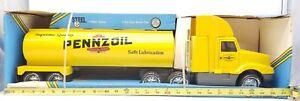 New ERTL International Pennzoil Deluxe truck 1989 Diecast Cab Steel Tanker LOT B