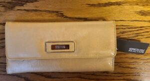 NEW KENNETH COLE REACTION ELONGATED CLUTCH WALLET PURSE METALLLIC GOLD