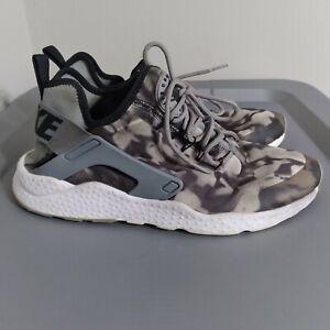 Nike Air Huarache Run Ultra Print Womens Size 9.5 Shoes Black/Gray Camo Sneakers
