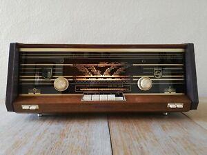 Philips B2X23A Valve Radio Vintage Wooden FM MW LW SW WORKING