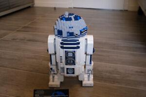 Lego Star Wars UCS 10225 R2 D2 tres bon etat