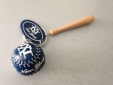 NY YANKEES BAT & BASEBALL KEYRING KEYCHAIN Collectable New York Keyring RARE