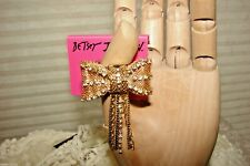 BETSEY JOHNSON RING BOW-TIE STRETCH NWT SO PRETTY!!EXTREMELY RARE & HTF!! L@@K!
