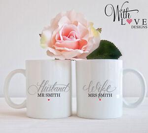 SET OF 2 MUGS PERSONALISED MR & MRS HUSBAND WIFE COFFEE MUG TEA CUP WEDDING GIFT