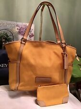 Dooney Bourke 2-Piece Large Shopper Tote Bag DB Logo Leather + Zip Pouch Yellow