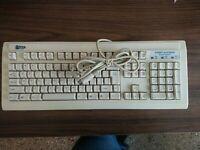 Vintage Prime Key Windows 95 Keyboard LK-95M,PREOWNED