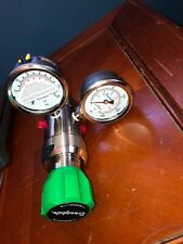SWAGELOK KCY1FRF412A20000 Stainless Steel 2-Stage PR Regulator WITH GUAGES