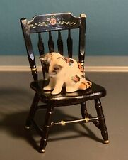 Dolls House Accessories Pets - Cute Little Hand Painted Kitten 1:12 Scale Chair