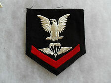 "WWII 3rd CLASS PARACHUTIST/PARA RIGGER RATE ON DARK BLUE W/ MAKER ""C"" ON BACK"