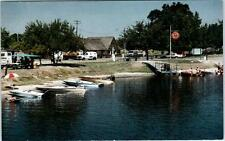 KINGSBURG, California CA  Roadside  ROYAL OAK RESORT  Boats  c1980s  Postcard