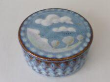 Boite bonbonnière en grès , émail bleu , décor paysage , signée Rémi Dorier