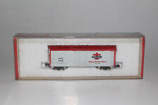 CON COR N SCALE DUBUQUE PACKING URTX #63648 40' REEFER BOXCAR, NICE, BOXED