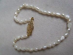 VINTAGE BRACELET NATURAL FRESH WATER PEARLS WITH PRETTY CLASP DELICATE - PERFECT