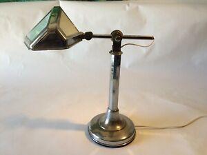 Très belle lampe de bureau Pirouett modèle Art Déco 1930