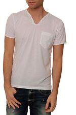 Unifarbene Herren-T-Shirts mit V-Ausschnitt und TOM TAILOR