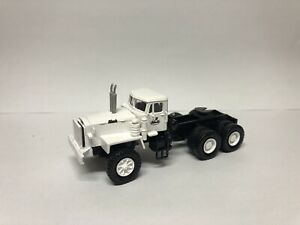 HO 1/87 MACK LRVSW 6x4 Tactor - Ready Made Resin Model -Any Colour Available!