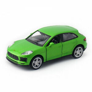 Porsche Macan S SUV 1:36 Model Car Diecast Gift Toy Vehicle Collection Green
