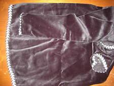 Uilleann bag cover Black Velvet with black & white gimp trim