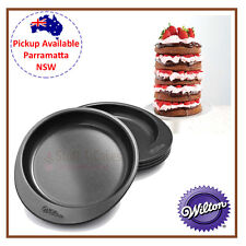 WILTON EASY 5 LAYER CAKE PAN ROUND BIRTHDAY BAKING DECORATING TIN PACK SET