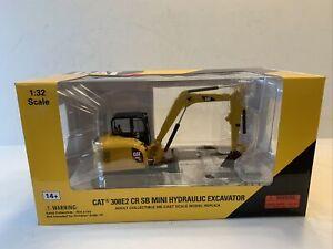 Norscot Diecast Masters Caterpillar CAT 308E2 CR SB Mini Hydraulic Excavator