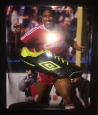 Firmato Retrò Liverpool Incorniciata Umbro Football Boot da John Barnes