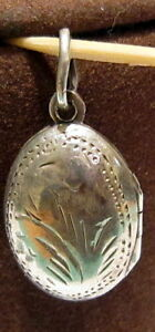 Vintage Bilateral Solid Silver Photo Frame Pendant With Handmade Engravings #96B