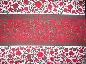 VERA NEUMANN OBLONG TABLECLOTH~60 X 80~RED & GREEN JACOBEAN FLORAL~COTTON~FRESH